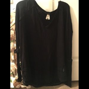 Free People(We the Free) long sleeve top.